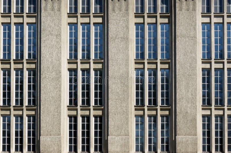 Windows, archivi di stato nazionali croati che costruiscono a Zagabria fotografia stock libera da diritti