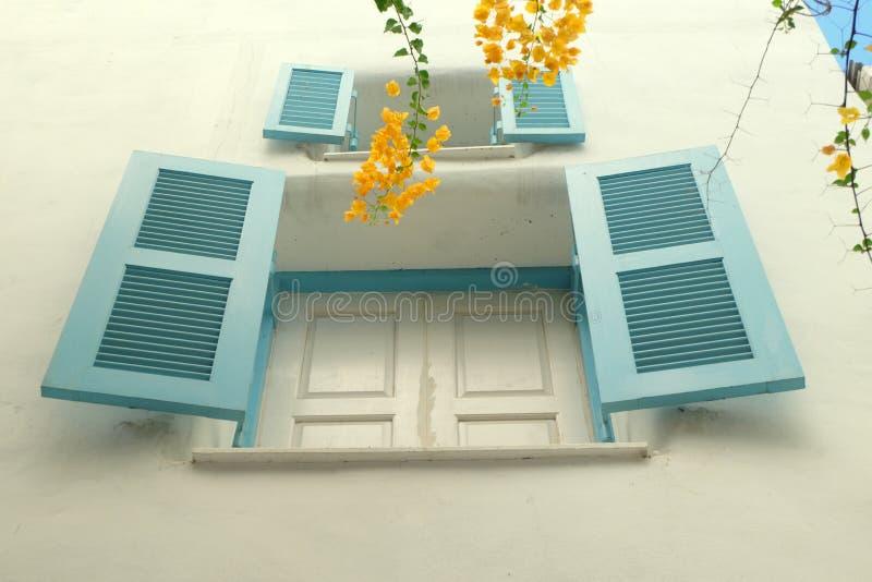 WINDOWS BLU NEL PARCO DI SANTORINI, TAILANDIA fotografia stock libera da diritti