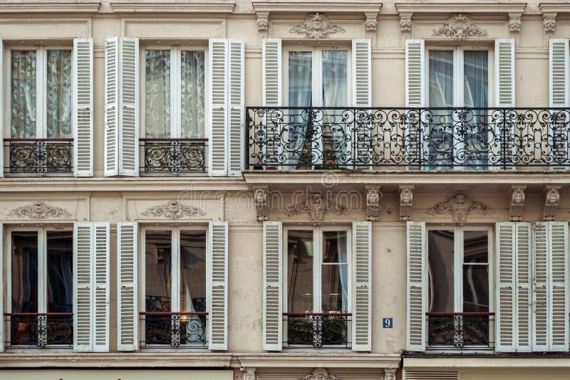 Windows con el balcón imagen de archivo libre de regalías