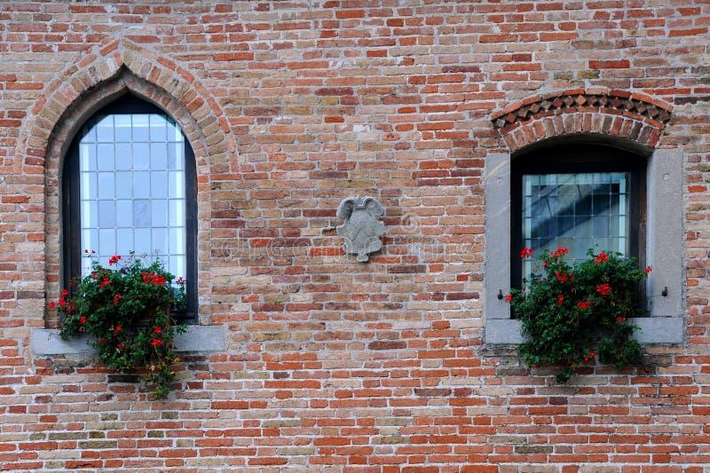 Windows de château médiéval photos libres de droits