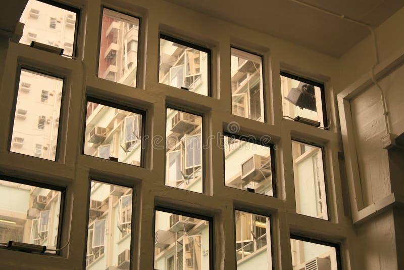 Windows de diverses tailles et forme photos stock