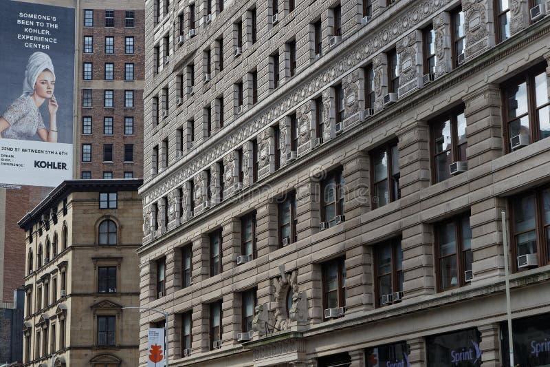 Windows de edificios en Manhattan foto de archivo libre de regalías