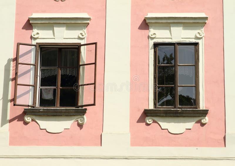 Windows de maison de la Renaissance image stock