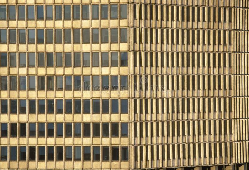 Windows della costruzione incontrata di vita su Wall Street, New York, NY immagine stock libera da diritti