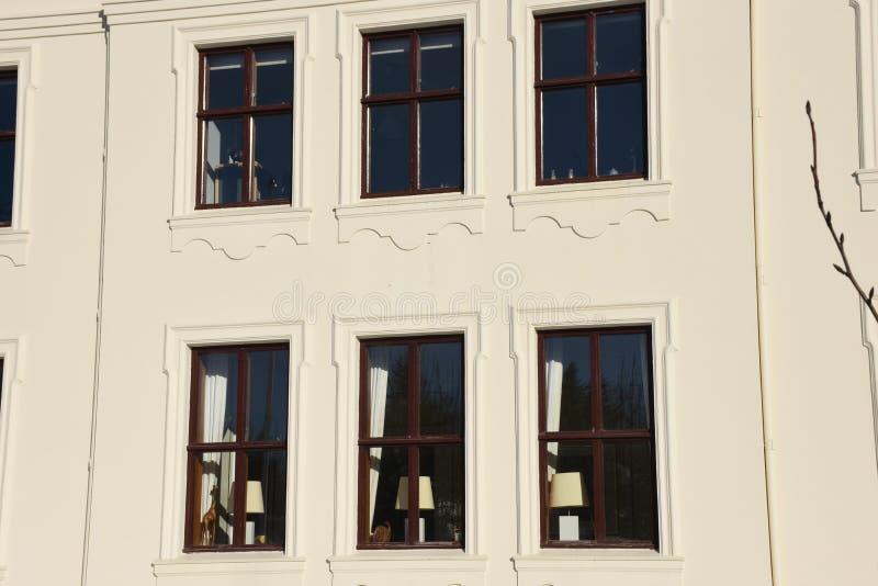 Windows di Reykjavik, Islanda tradizionale fotografia stock libera da diritti