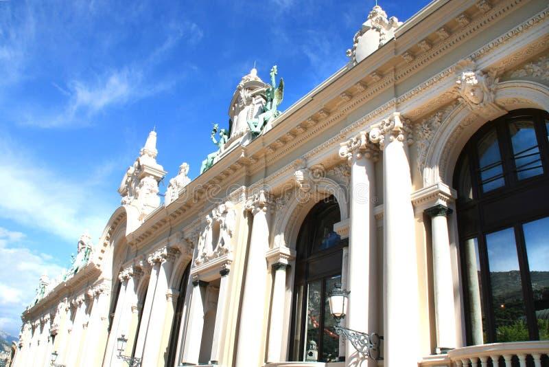 Download Windows Do Edifício Do Casino Do Monaco Foto de Stock - Imagem de jaque, azul: 16873510