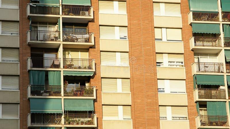 Windows e balconi fotografie stock