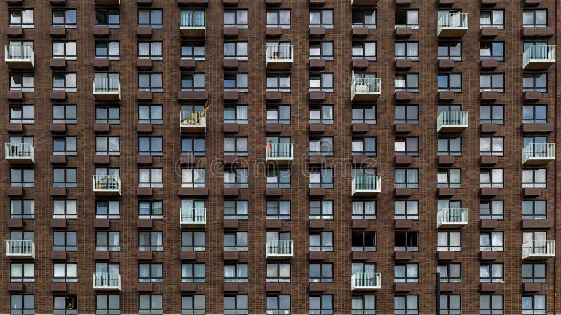 Windows e minimalismo na arquitetura de Moscou fotografia de stock