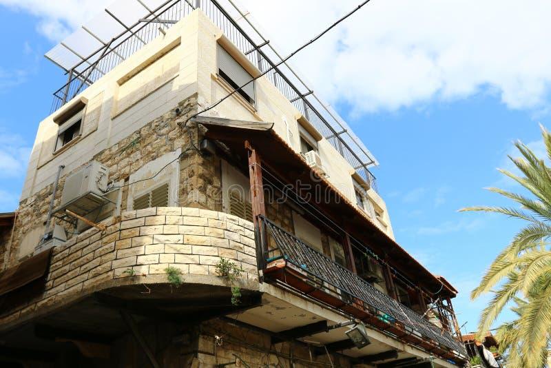 Windows i balkony w Haifa zdjęcia royalty free