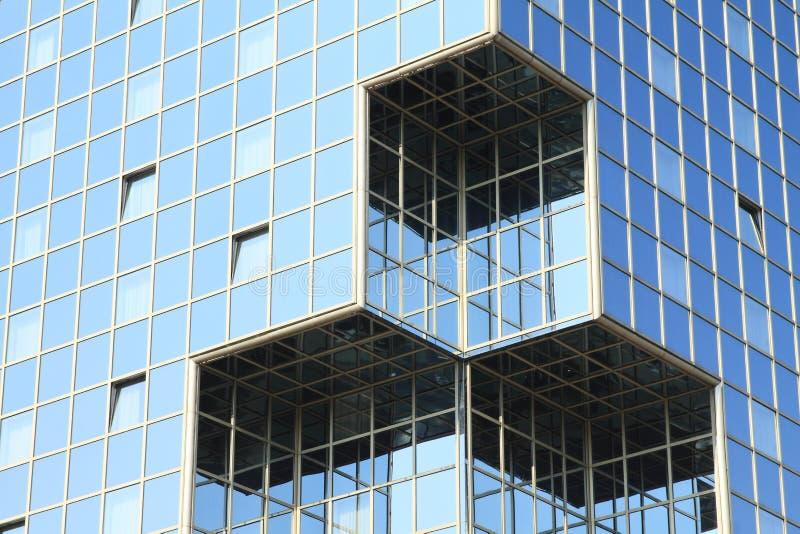 Windows na parede de vidro fotos de stock royalty free