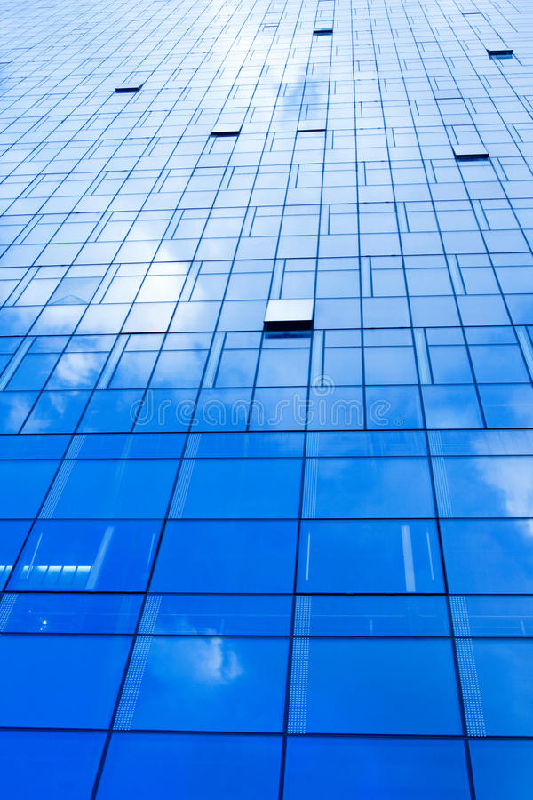 Download Windows Of Skyscraper Stock Photography - Image: 15534842