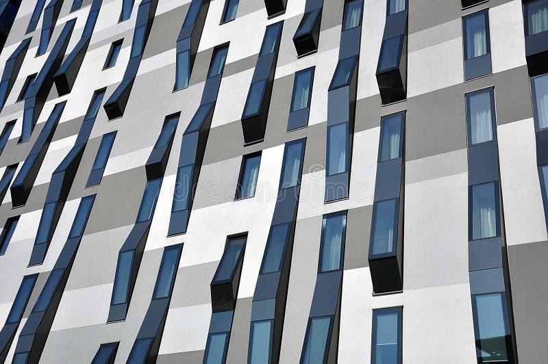 Windows sur l'hôtel moderne photo libre de droits