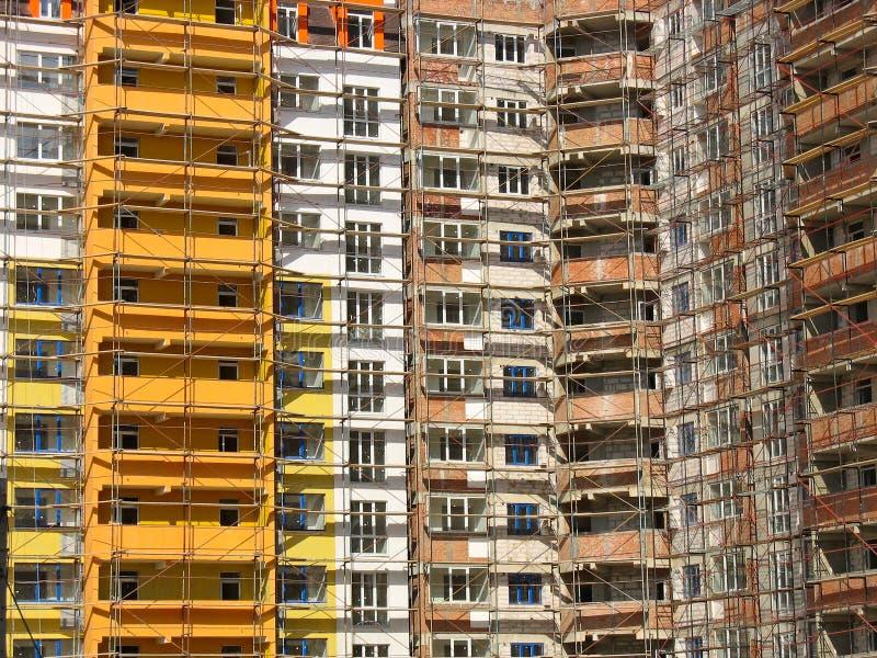 Windows und Balkonfassade lizenzfreie stockbilder