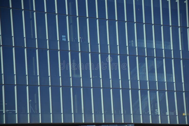 Windows vetro rettangolare regolare di Reykjavik, Islanda fotografia stock