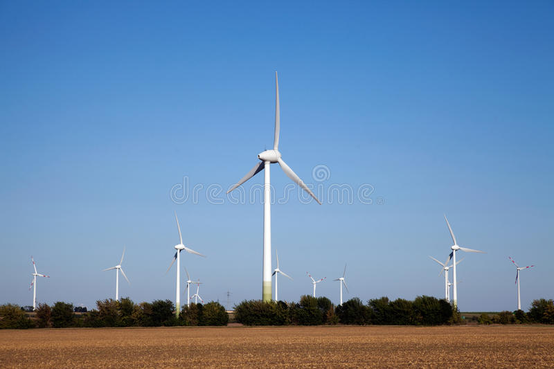 Windpower Green Technology. Windpower park, to produce clean energy with modern green technology stock images