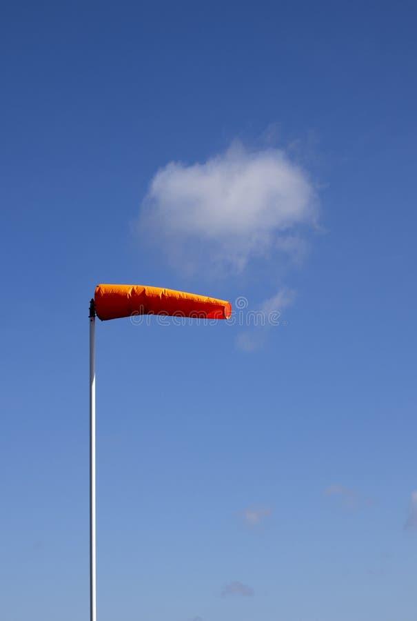 Windsock do aeródromo fotos de stock