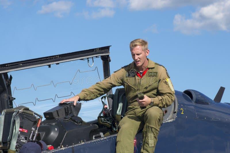 WINDSOR, CANADÁ - SEPT 10, 2016: Vista do jato militar canadense a fotos de stock