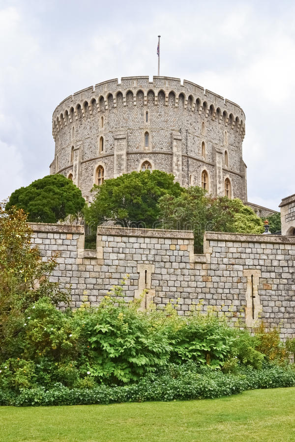 Free Windsor Castle And Garden Royalty Free Stock Photography - 21080347