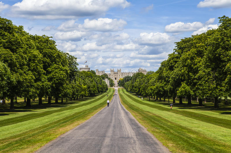 Windsor Castle e a caminhada longa fotos de stock royalty free