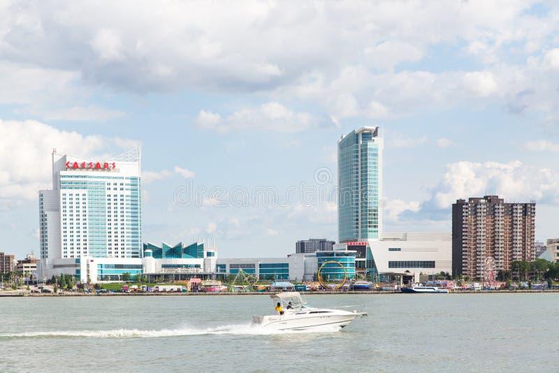Windsor Kanada pejzaż miejski z łodzią zdjęcia stock