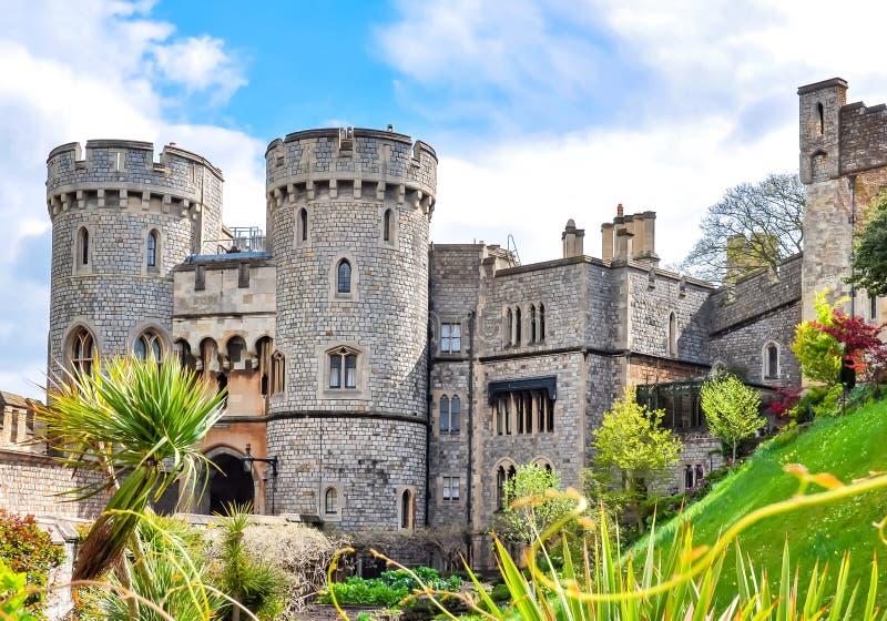 Windsor-Schloss im Frühjahr, London-Vororte, Großbritannien stockfotografie