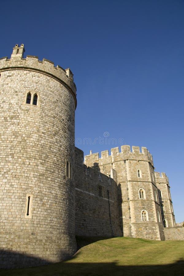 Windsor Schloss im Sonnenschein des frühen Abends lizenzfreies stockfoto