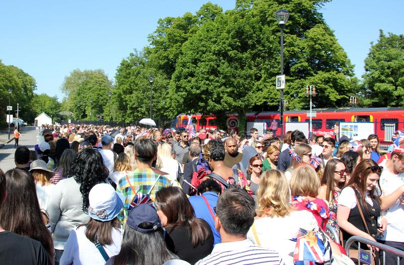 Windsor, Uk, 5/19/2018 : crowd scenes after wedding of Meghan Markle and Prince Harry, queues at Train station royalty free stock photos