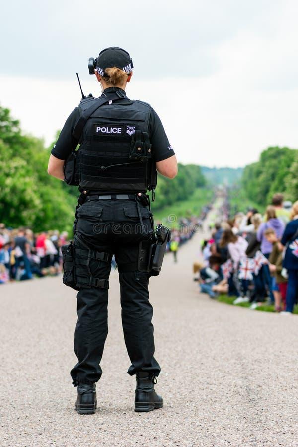 Windsor, UK - Maj 18 2019: Gospodarstwo domowe Koszaruje kawaleria zaznacza ich odjazd od Comberme zdjęcia royalty free