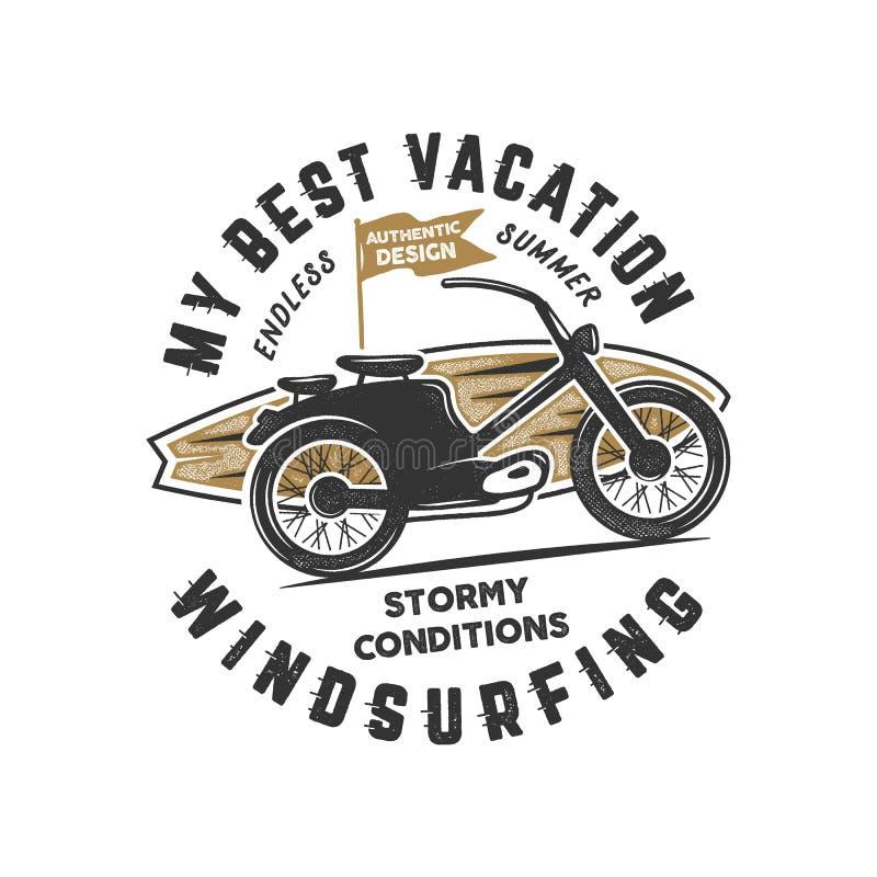 Windsurfe tirado mão do vintage, projeto gráfico surfando do T Camisa do curso t do verão, conceito do cartaz com prancha retro ilustração do vetor