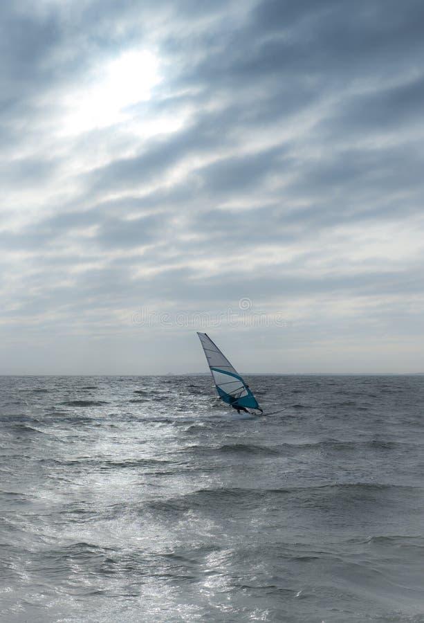Windsurfer auf Nordsee stockfotografie