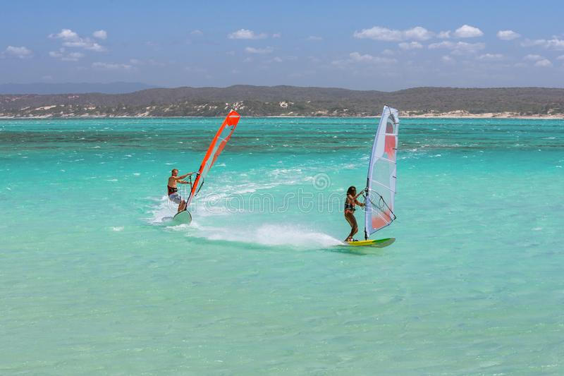 windsurfers fotografía de archivo libre de regalías