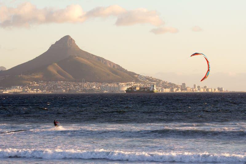 Windsurfing w Kapsztad zdjęcia royalty free