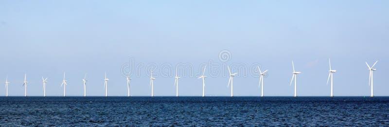 Windturbines in overzees royalty-vrije stock foto's