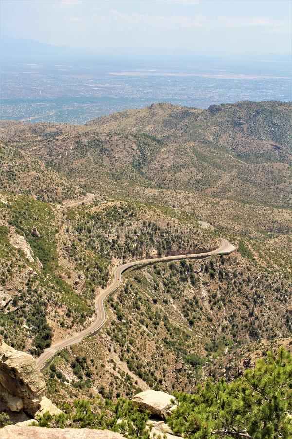 Windy Point Vista, montagem Lemmon, Santa Catalina Mountains, Lincoln National Forest, Tucson, o Arizona, Estados Unidos fotos de stock
