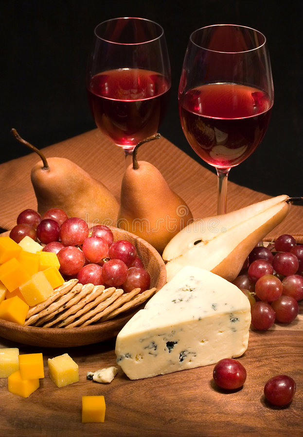 Free Wine And Cheese Royalty Free Stock Photos - 647808