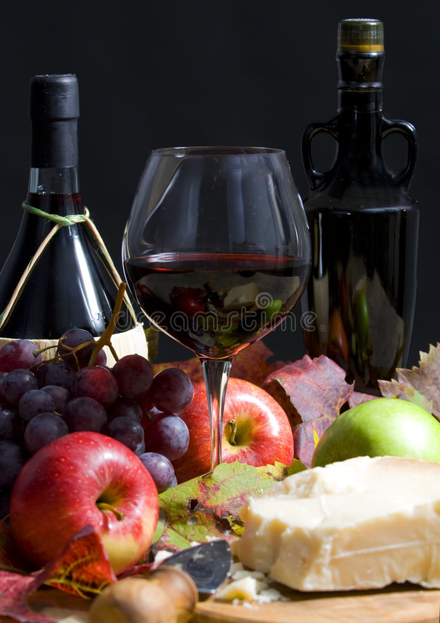 Free Wine And Grapes Stock Photos - 3480433