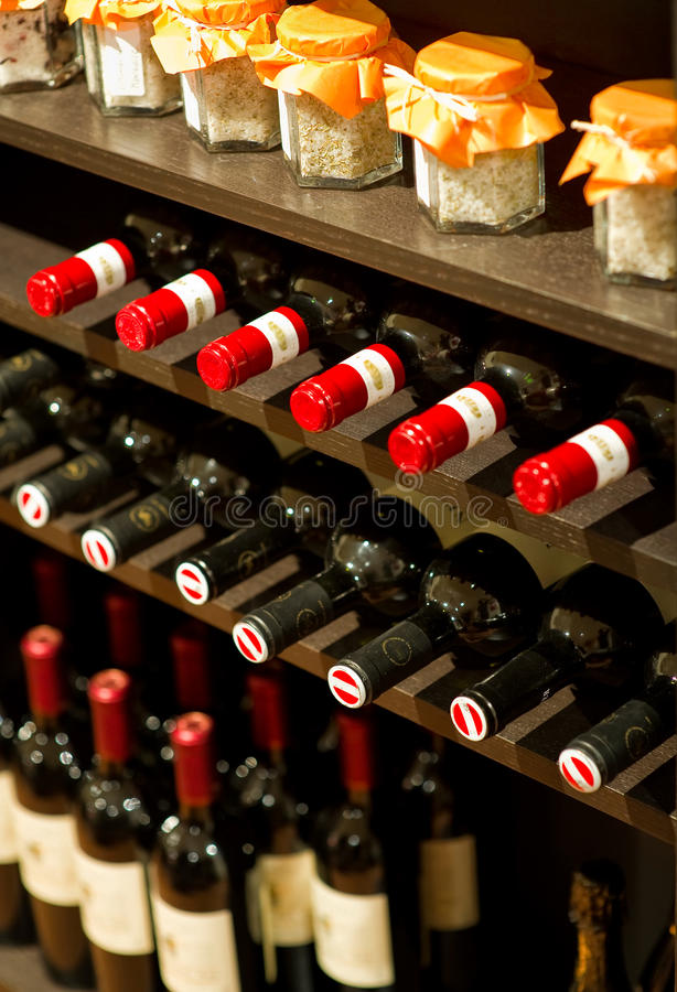 Free Wine Bottles In A Rack Royalty Free Stock Photography - 17958277
