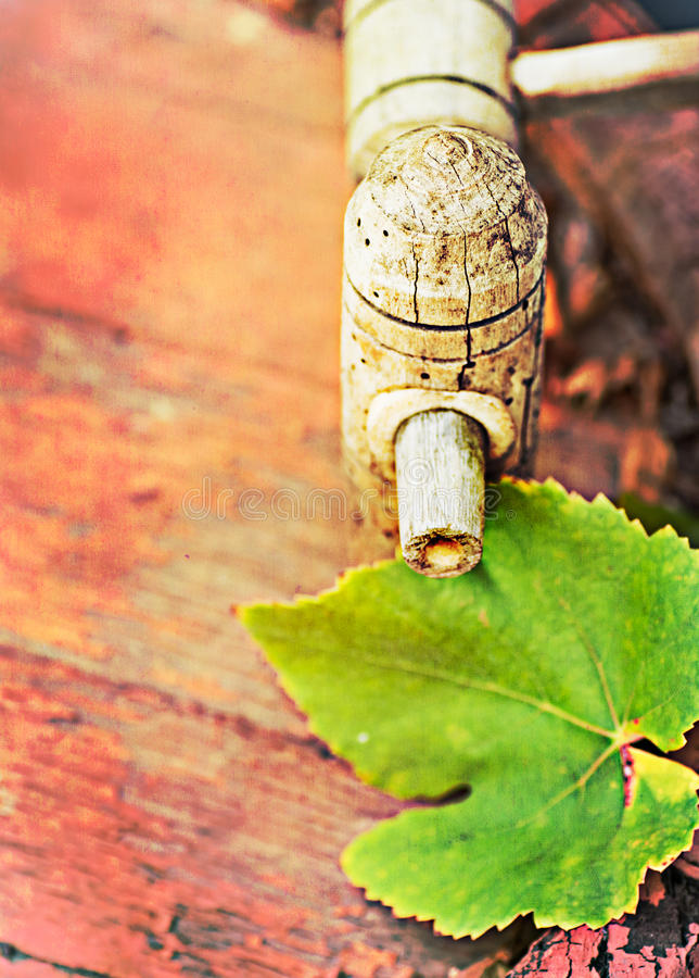 Download Wine Cask  And Grapes Leaf, Retro Colors Royalty Free Stock Photo - Image: 27301105