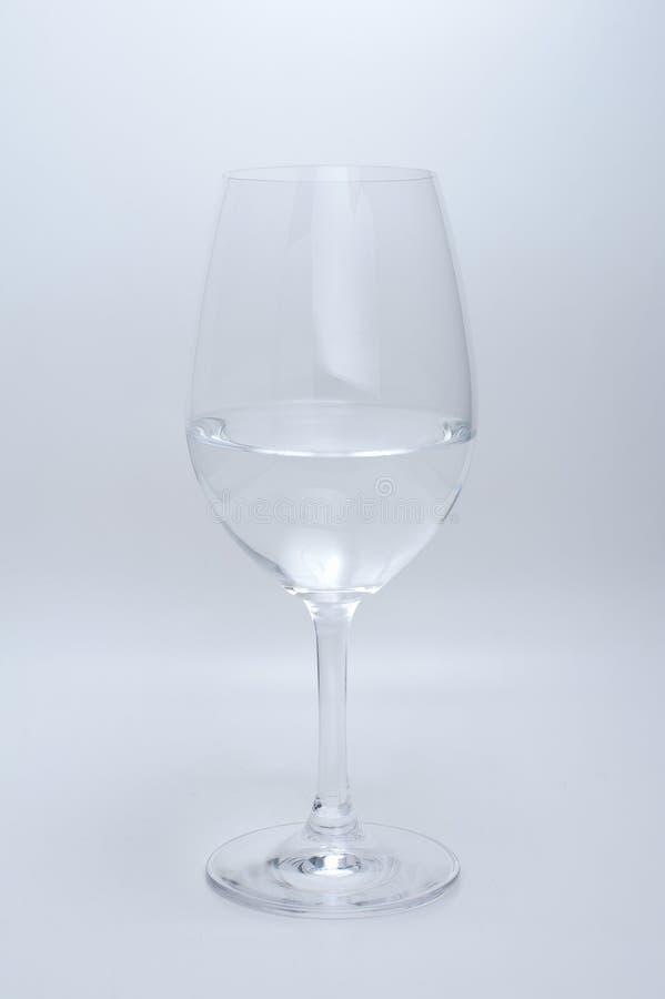 wine för glass vatten för bakgrund vit fotografering för bildbyråer