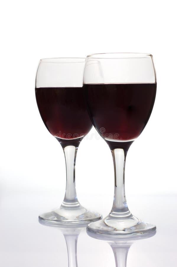 Wineglasses isolados no branco foto de stock royalty free