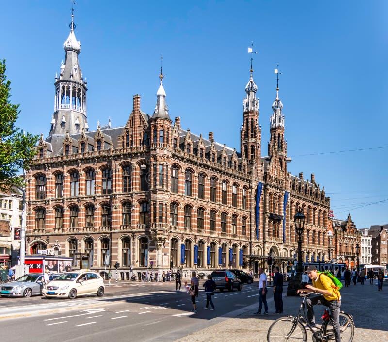 Winkelcentrum Magna Plaza in het monumentale Vroegere Belangrijkste Postkantoorgebouw royalty-vrije stock afbeeldingen