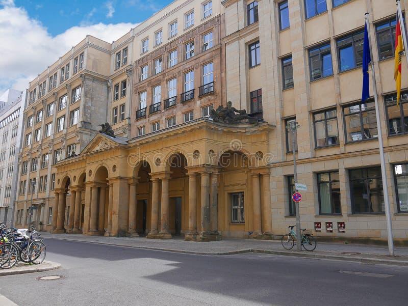 Winkelen complex in Alexanderplatz in Berlin Germany royalty-vrije stock foto's