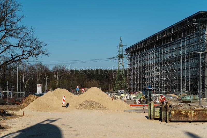 Winkelend centrum aangaande bouw - het Extra builing die spoedig komen stock foto's