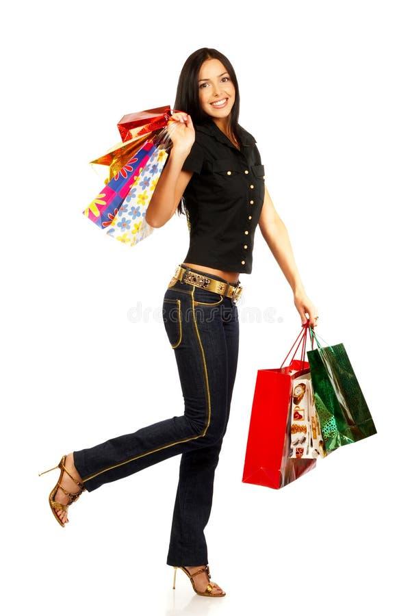 Winkelende mooie vrouw stock foto's