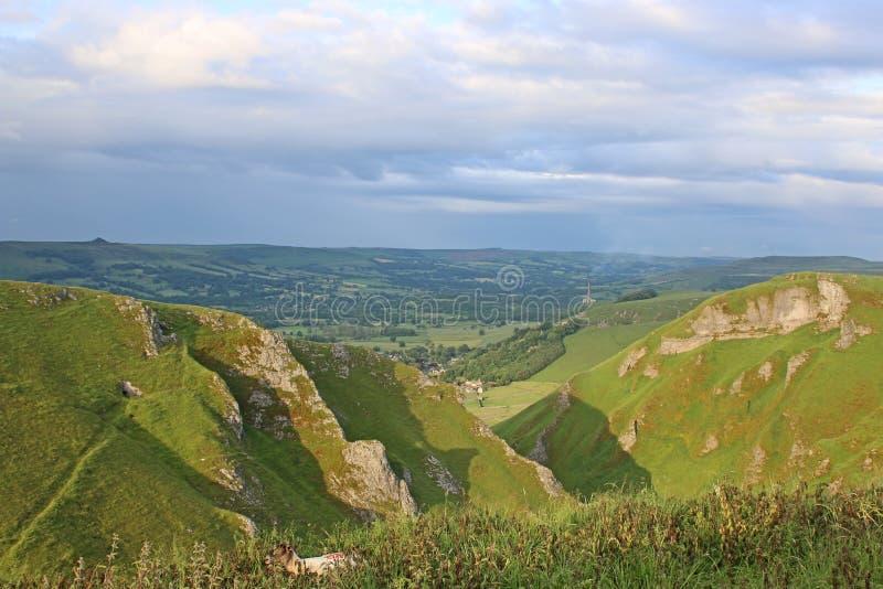Winnats-Durchlauf, Derbyshire lizenzfreie stockfotografie