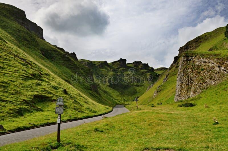 Winnats passerande i Derbyshire royaltyfri foto