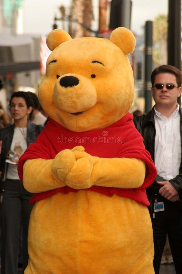 Winnie Pooh bij de ceremonie die het Karakter van Disney met een ster op de Gang Hollywood van Bekendheid eert. De Boulevard van H royalty-vrije stock fotografie