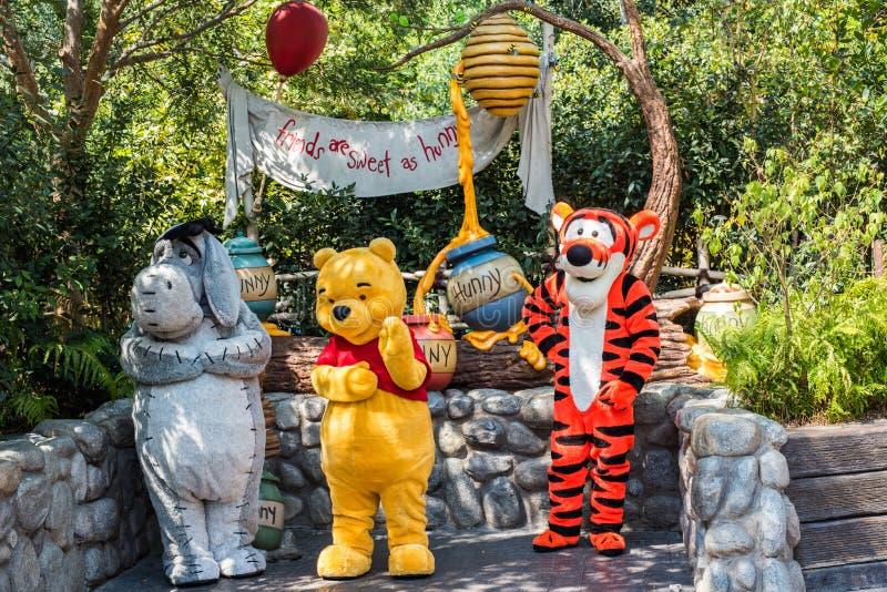 Winnie the Pooh u. Kumpel bei Disneyland in Anaheim, Kalifornien stockfotografie