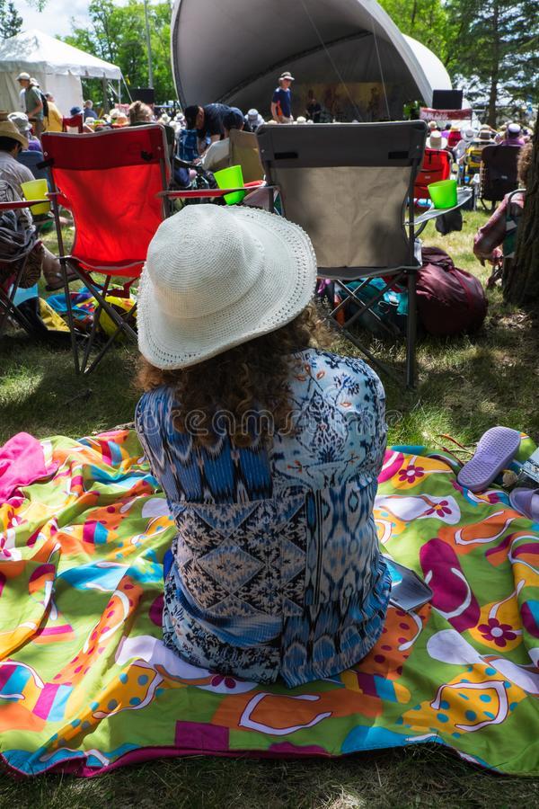 Winnipeg λαϊκό φεστιβάλ Goer 2019 στοκ εικόνες