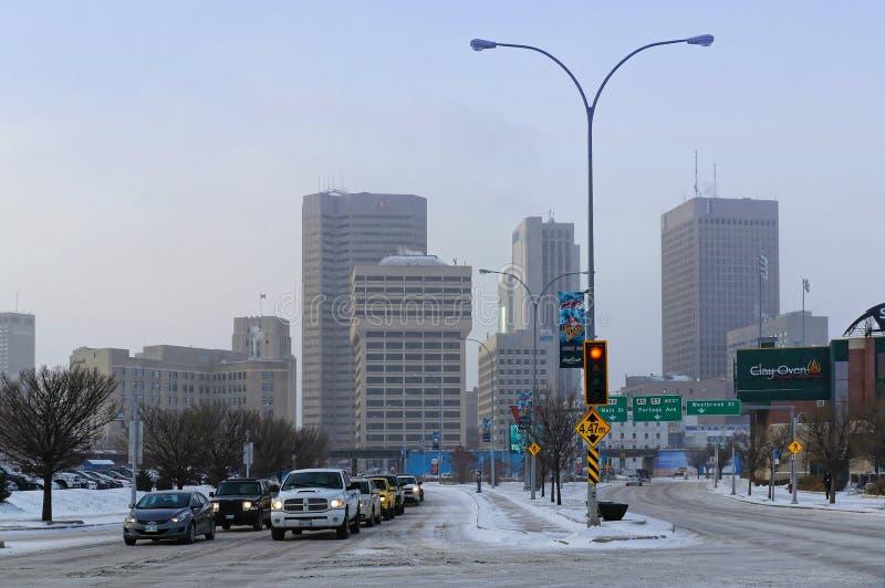 Winnipeg, Manitoba, Καναδάς - 2014-11-18: Winnipeg στο κέντρο της πόλης εικονική παράσταση πόλης: Χειμερινή άποψη σχετικά με Winn στοκ εικόνα